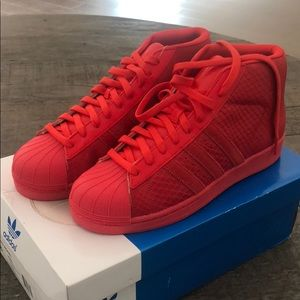 Adidas Original Pro Model RED Size 8